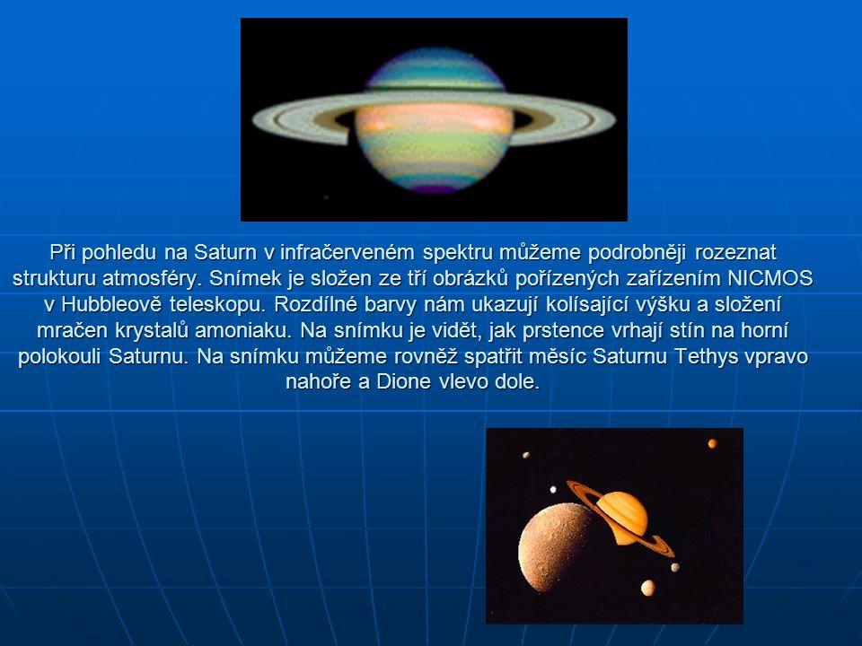 Při pohledu na Saturn v infračerveném spektru můžeme podrobněji rozeznat strukturu atmosféry.