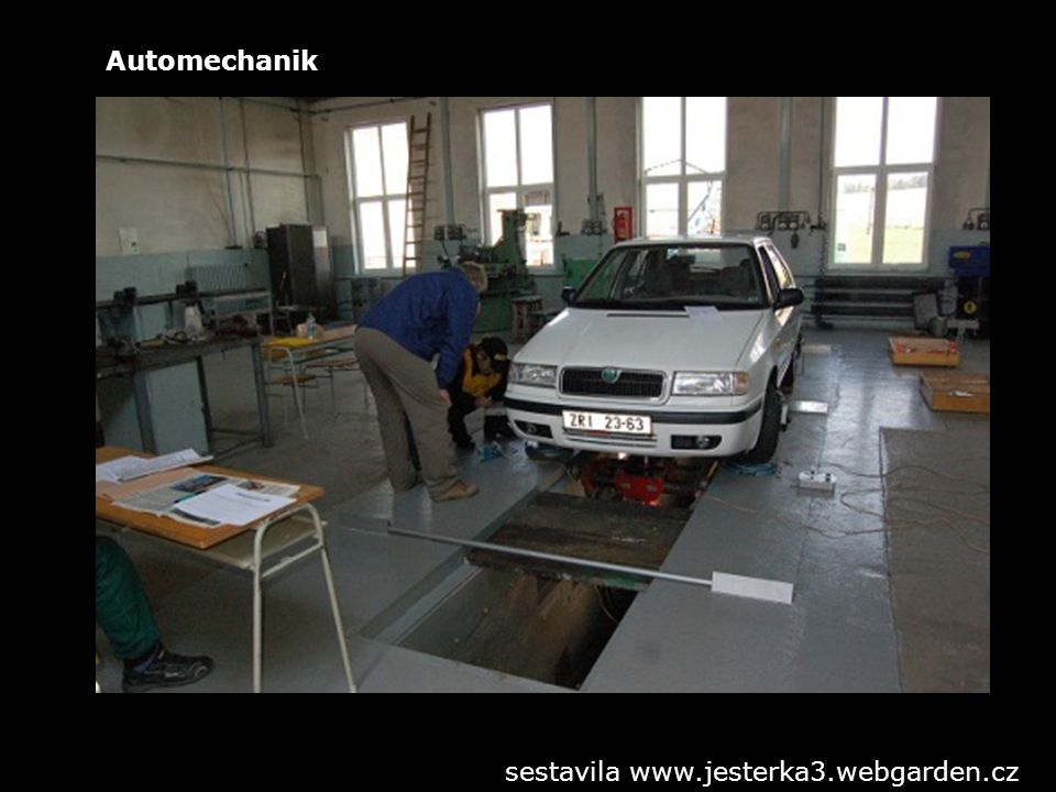 Automechanik sestavila