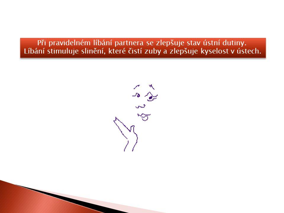 Při pravidelném líbání partnera se zlepšuje stav ústní dutiny.