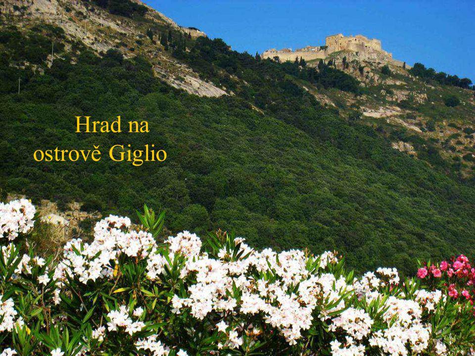 Hrad na ostrově Giglio