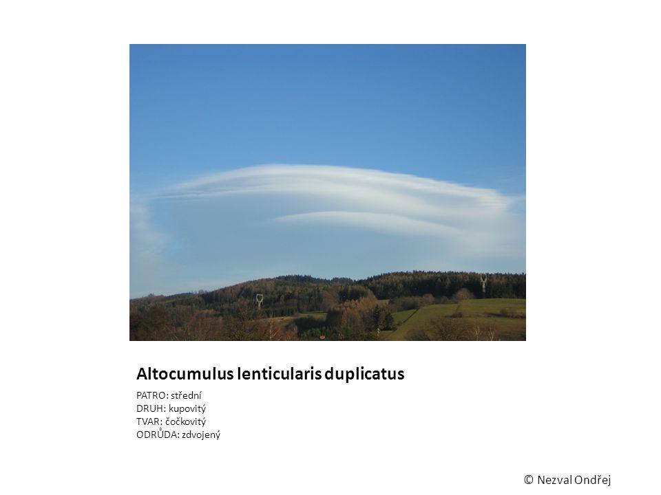 Altocumulus lenticularis duplicatus