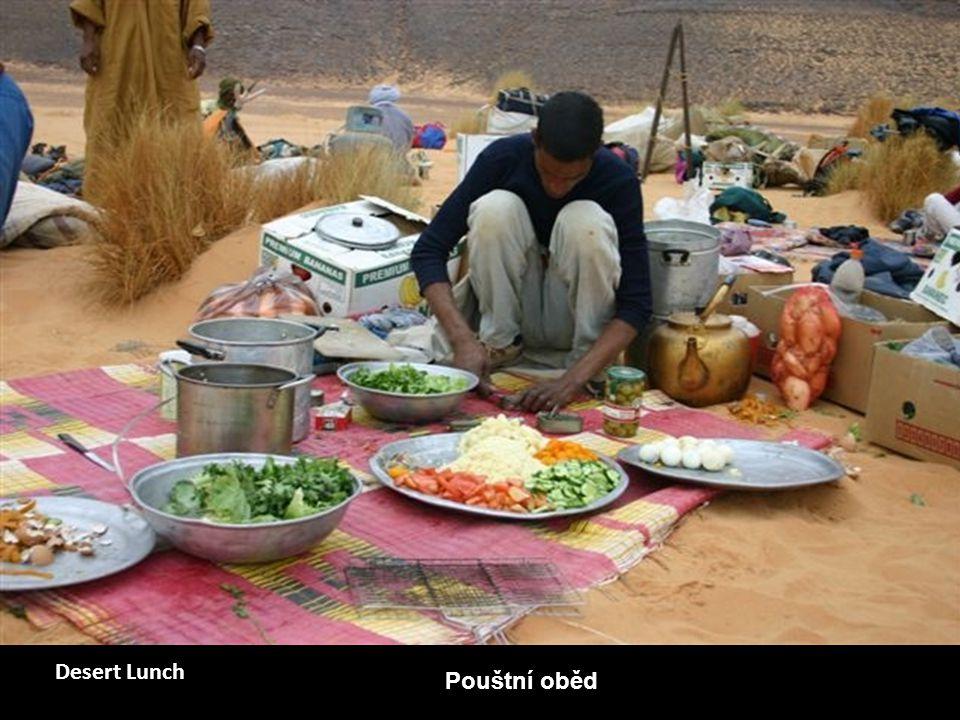 Desert Lunch Pouštní oběd