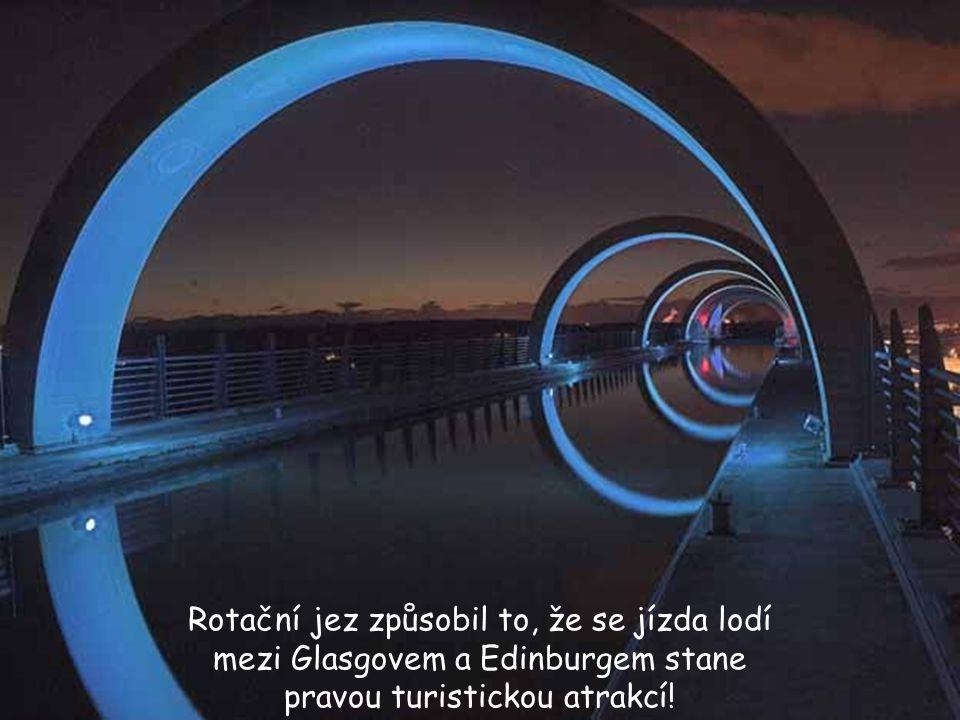 Rotační jez způsobil to, že se jízda lodí mezi Glasgovem a Edinburgem stane pravou turistickou atrakcí!
