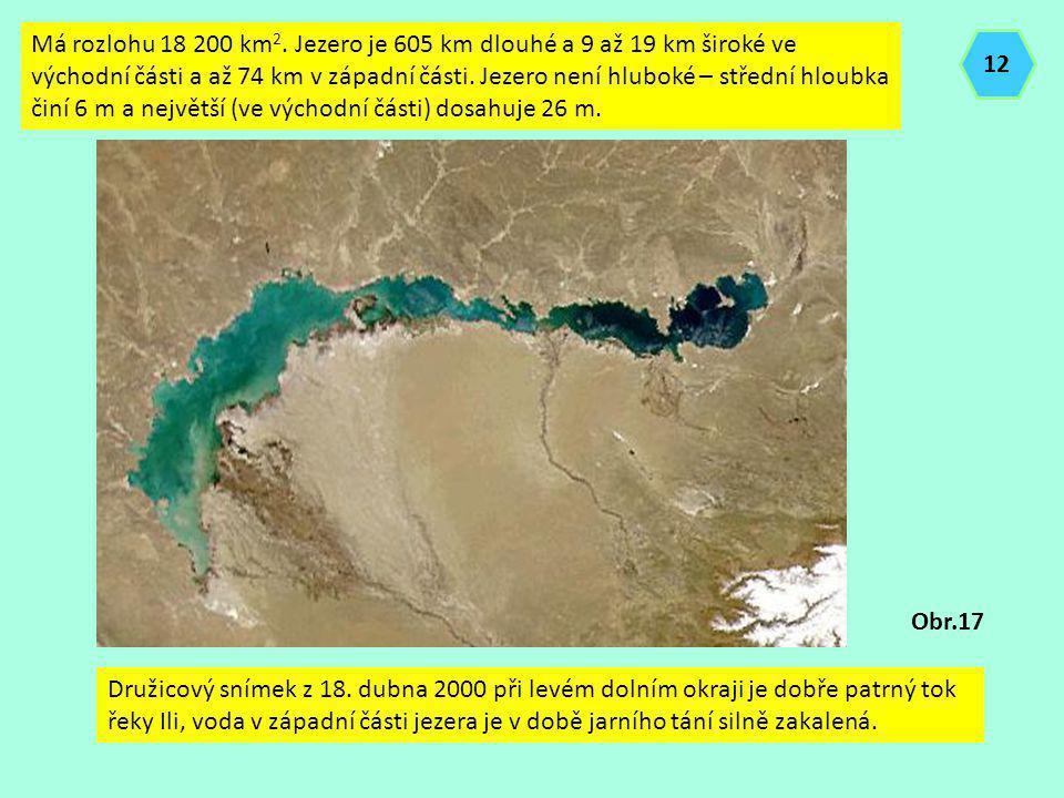 Má rozlohu 18 200 km2. Jezero je 605 km dlouhé a 9 až 19 km široké ve východní části a až 74 km v západní části. Jezero není hluboké – střední hloubka činí 6 m a největší (ve východní části) dosahuje 26 m.