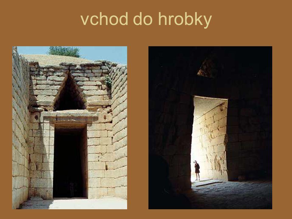 vchod do hrobky
