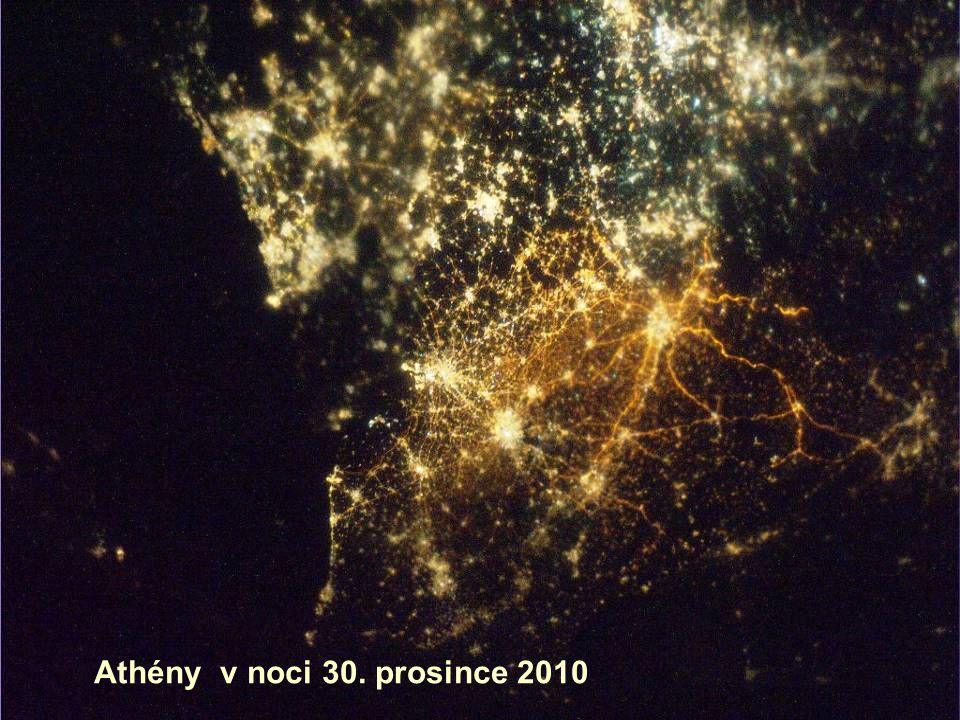 Athény v noci 30. prosince 2010
