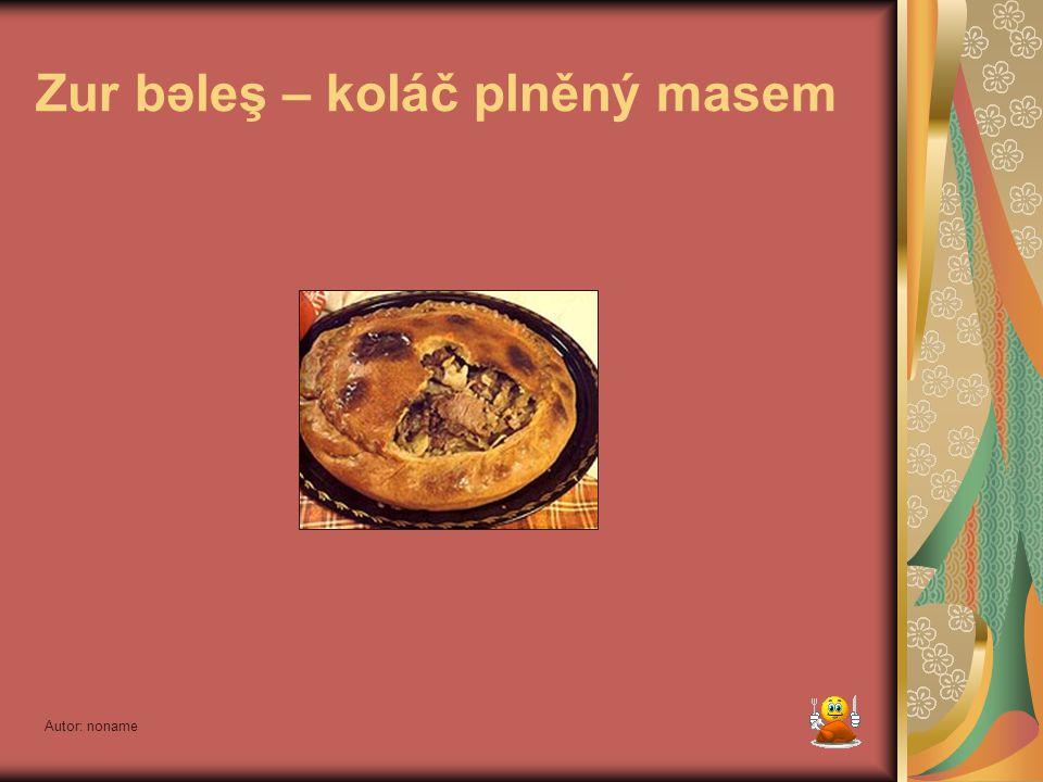 Zur bəleş – koláč plněný masem