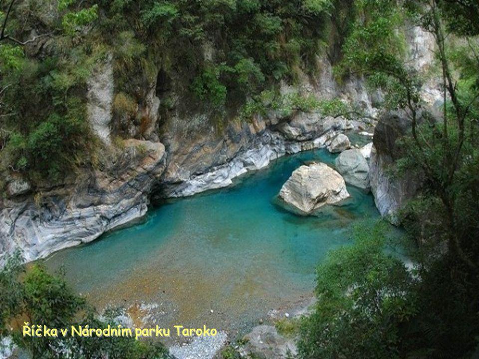 Říčka v Národním parku Taroko