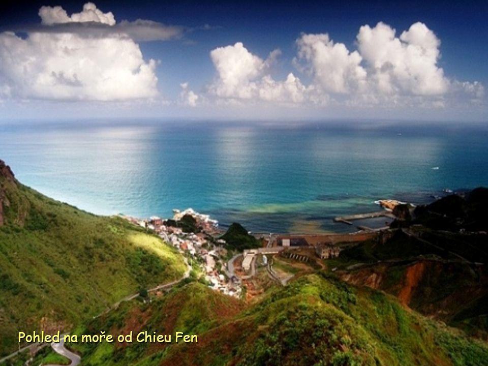 Pohled na moře od Chieu Fen