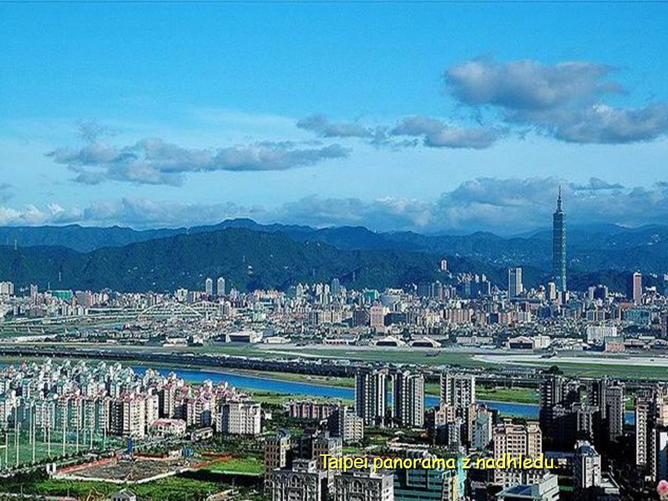 Taipei panorama z nadhledu.