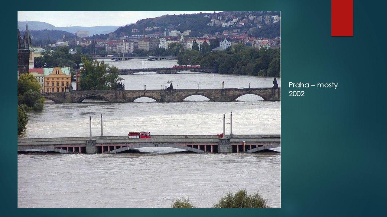 Praha – mosty 2002