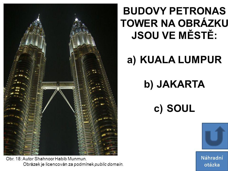 BUDOVY PETRONAS TOWER NA OBRÁZKU JSOU VE MĚSTĚ: KUALA LUMPUR JAKARTA
