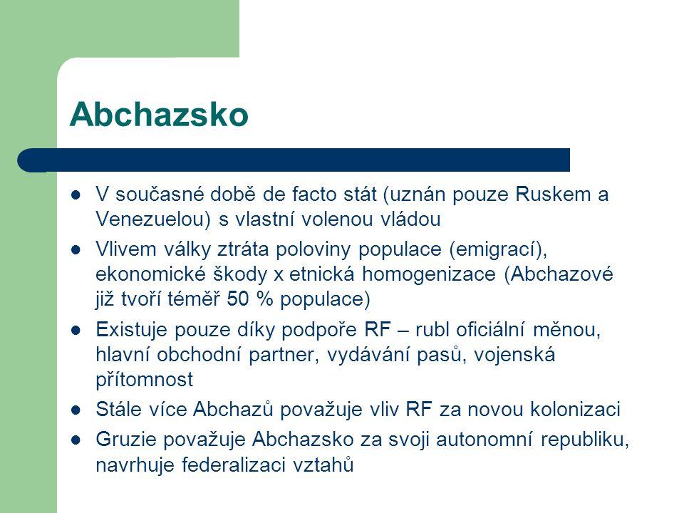 Abchazsko V současné době de facto stát (uznán pouze Ruskem a Venezuelou) s vlastní volenou vládou.