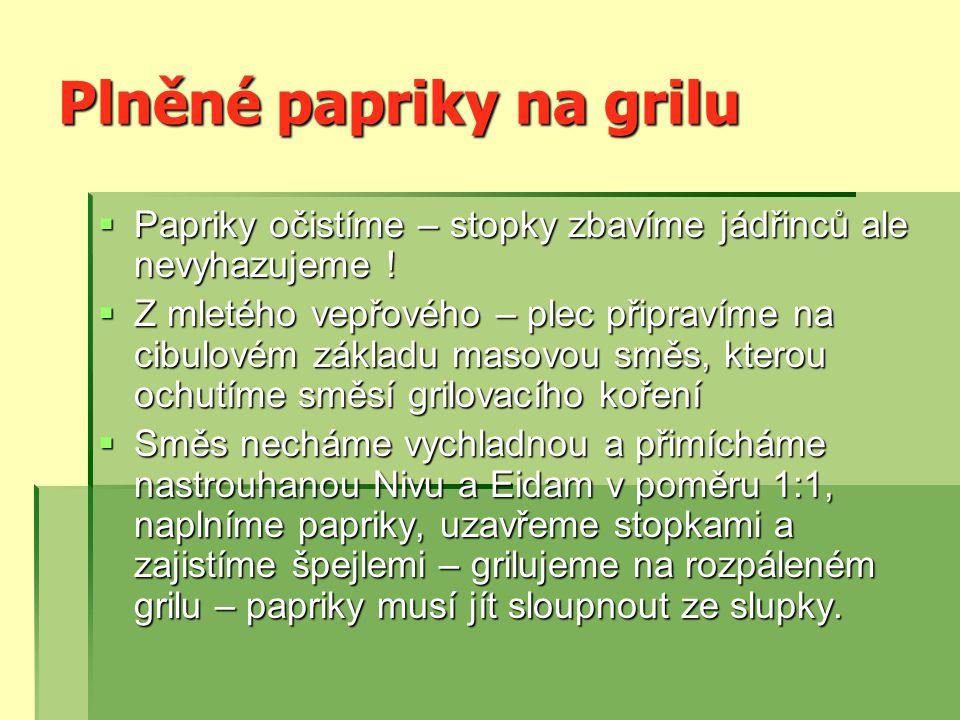 Plněné papriky na grilu