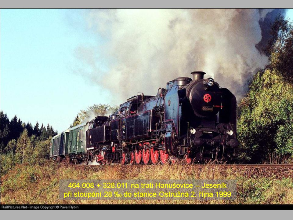 464.008 + 328.011 na trati Hanušovice – Jeseník při stoupání 28 ‰ do stanice Ostružná 2. října 1999