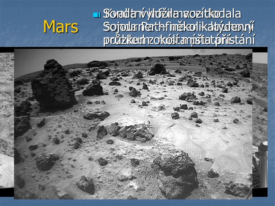 Sonda vyložila vozítko Sojourner – několikatýdenní průzkum okolí místa přistání