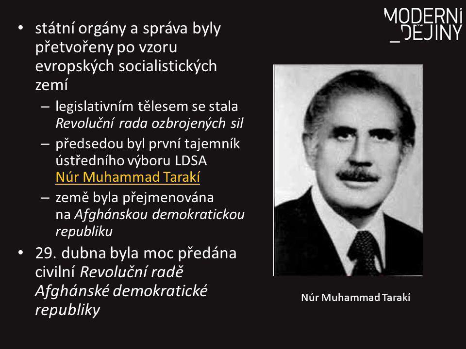 státní orgány a správa byly přetvořeny po vzoru evropských socialistických zemí