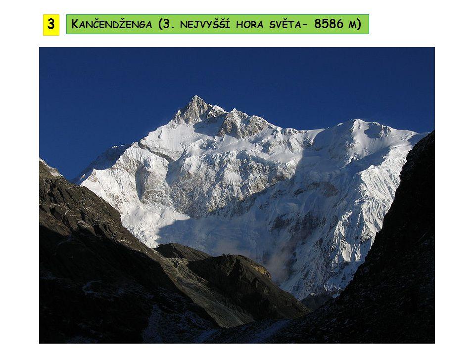3 Kančendženga (3. nejvyšší hora světa- 8586 m)