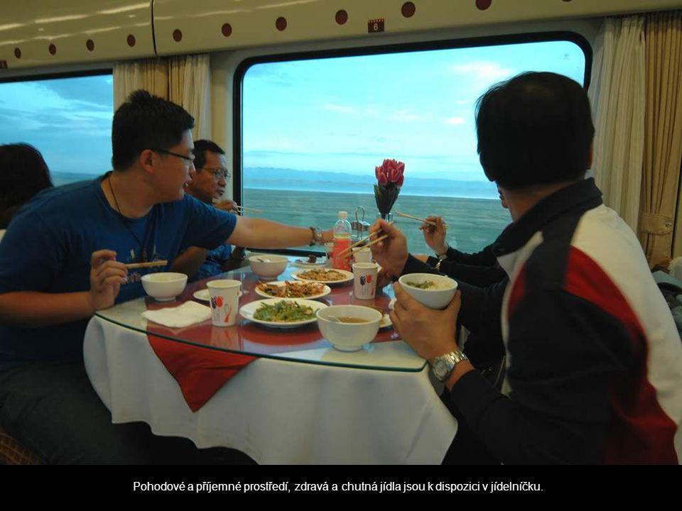 Pohodové a příjemné prostředí, zdravá a chutná jídla jsou k dispozici v jídelníčku.