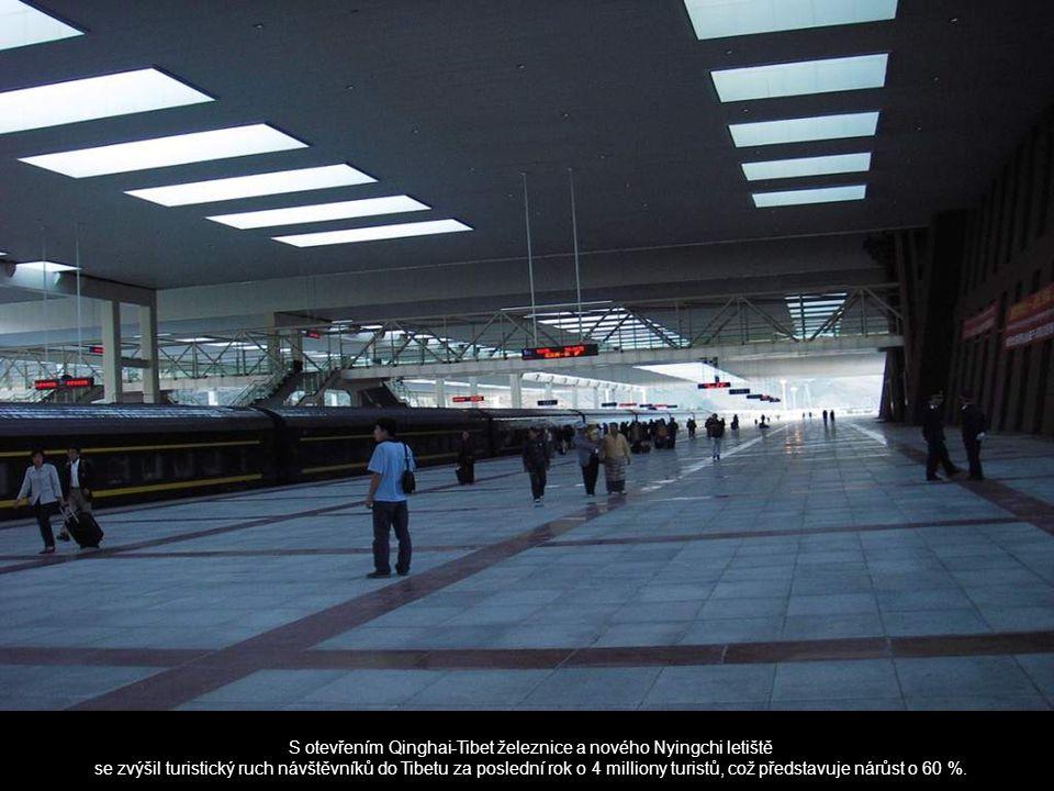 S otevřením Qinghai-Tibet železnice a nového Nyingchi letiště