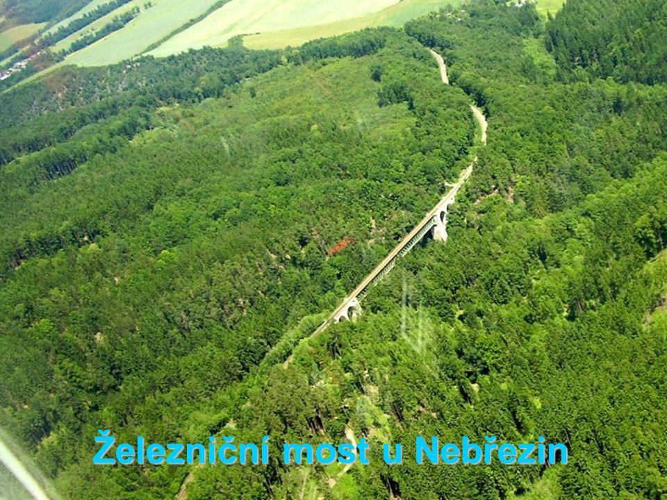 Železniční most u Nebřezin