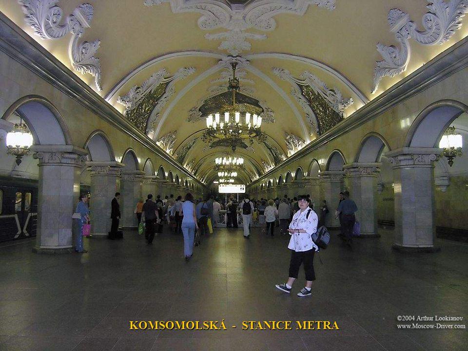 KOMSOMOLSKÁ - STANICE METRA