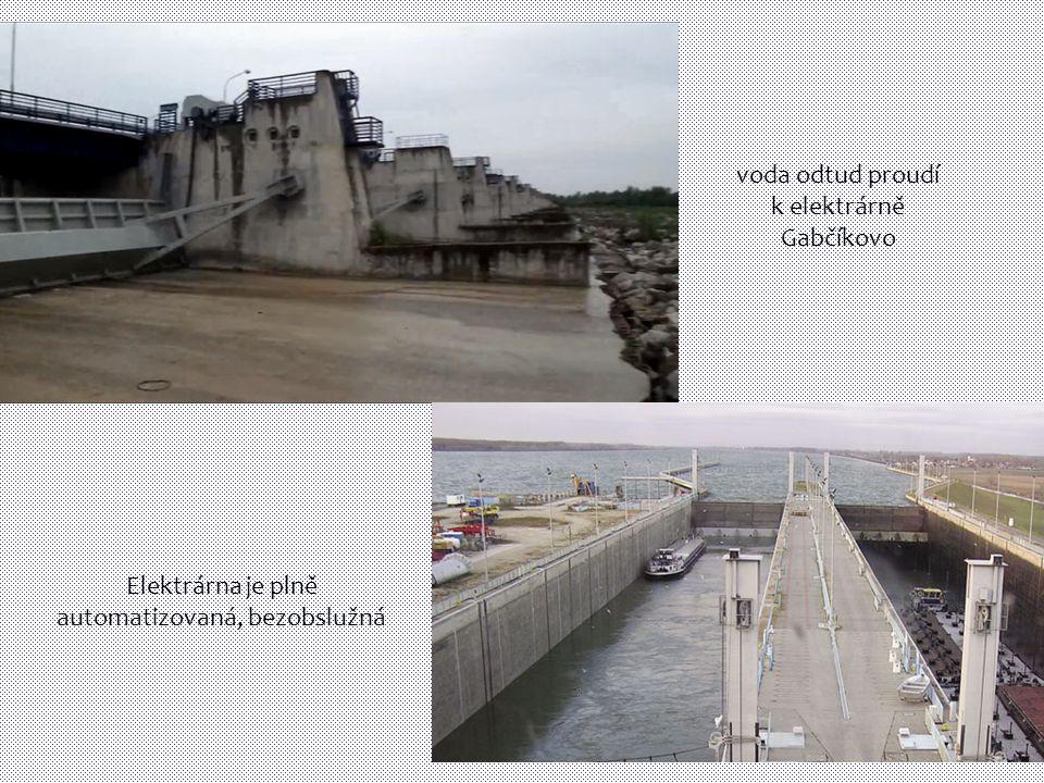 voda odtud proudí k elektrárně Gabčíkovo