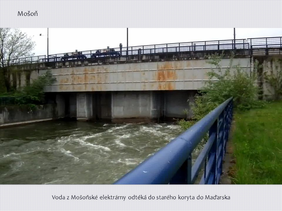 Voda z Mošoňské elektrárny odtéká do starého koryta do Maďarska