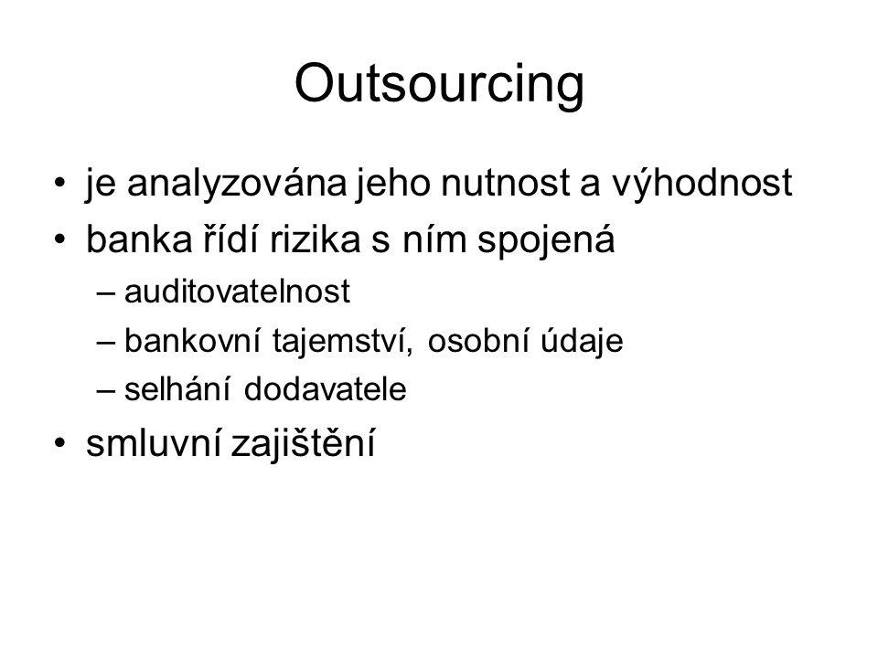 Outsourcing je analyzována jeho nutnost a výhodnost