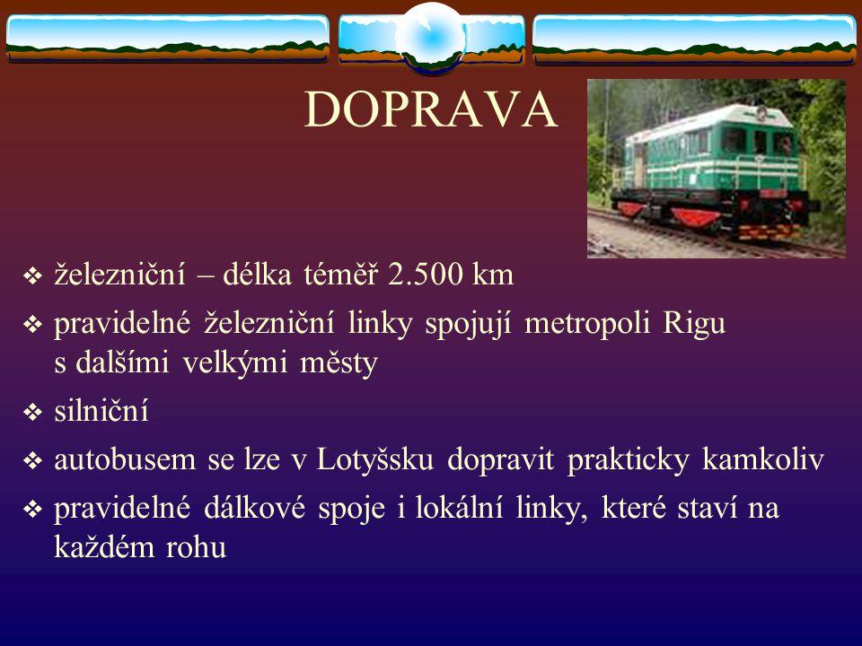 DOPRAVA železniční – délka téměř 2.500 km