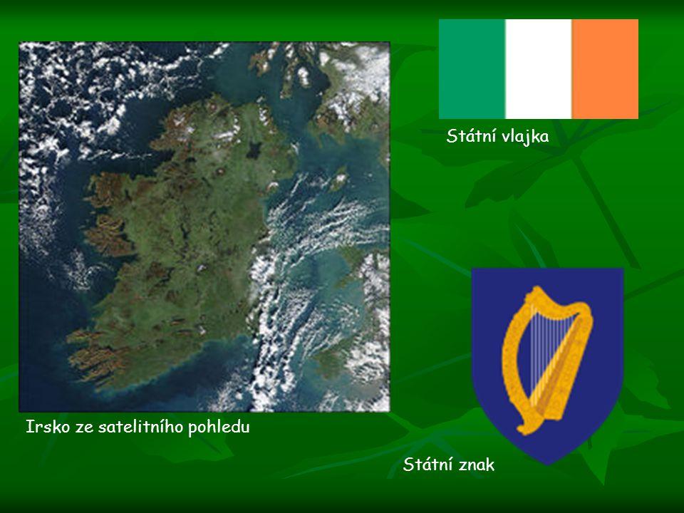Státní vlajka Irsko ze satelitního pohledu Státní znak