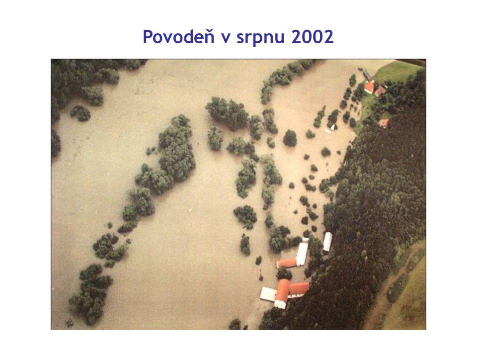 Povodeň v srpnu 2002