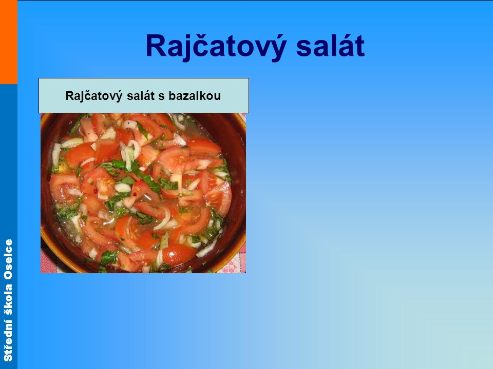 Rajčatový salát s bazalkou