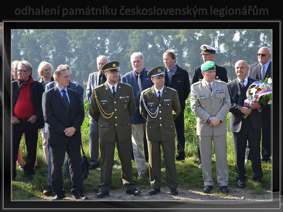 odhalení památníku československým legionářům