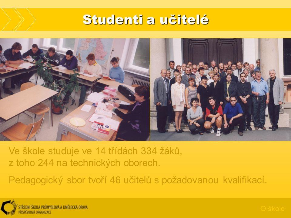 Studenti a učitelé Ve škole studuje ve 14 třídách 334 žáků, z toho 244 na technických oborech.