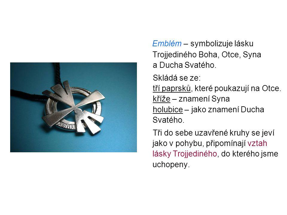 Emblém – symbolizuje lásku Trojjediného Boha, Otce, Syna