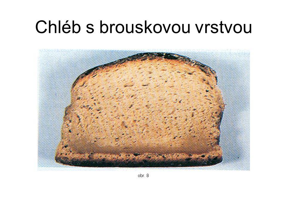 Chléb s brouskovou vrstvou