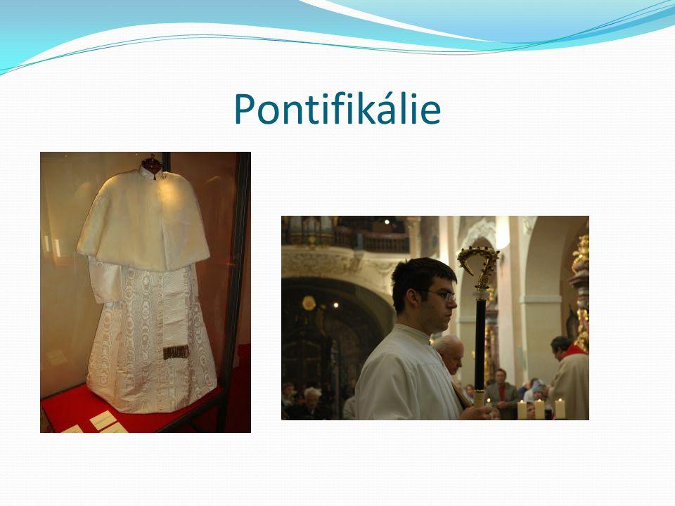 Pontifikálie