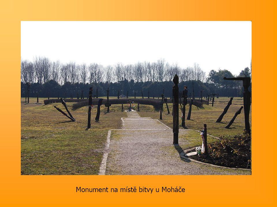 Monument na místě bitvy u Moháče