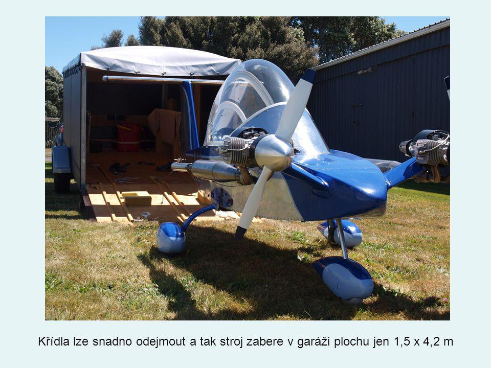 Křídla lze snadno odejmout a tak stroj zabere v garáži plochu jen 1,5 x 4,2 m