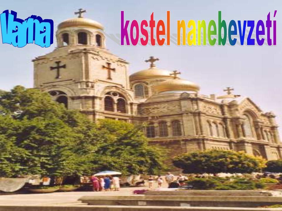 kostel nanebevzetí Varna
