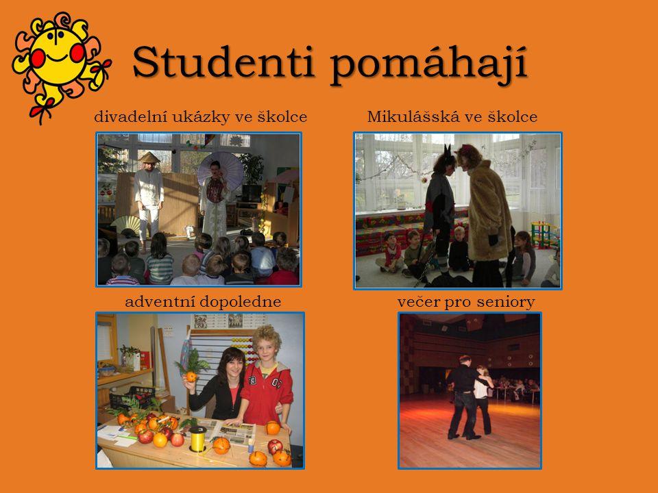 Studenti pomáhají divadelní ukázky ve školce Mikulášská ve školce