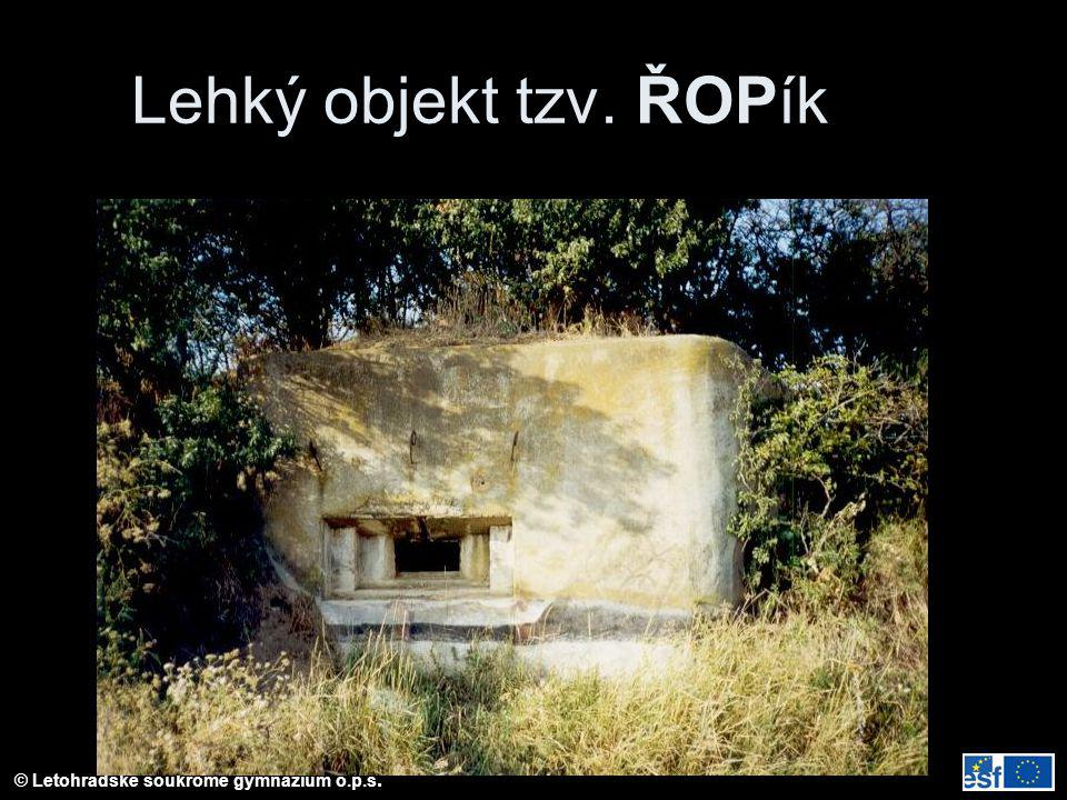 Lehký objekt tzv. ŘOPík Lehký objekt vzor 36 na jižní Moravě