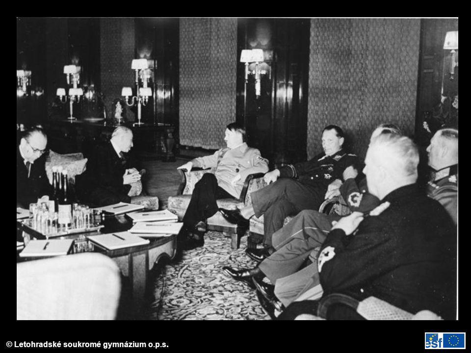 Jednání Hitlera s Háchou v Berlíně 14. 3. 1939.