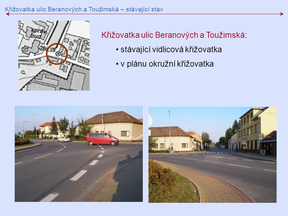 Křižovatka ulic Beranových a Toužimská: stávající vidlicová křižovatka