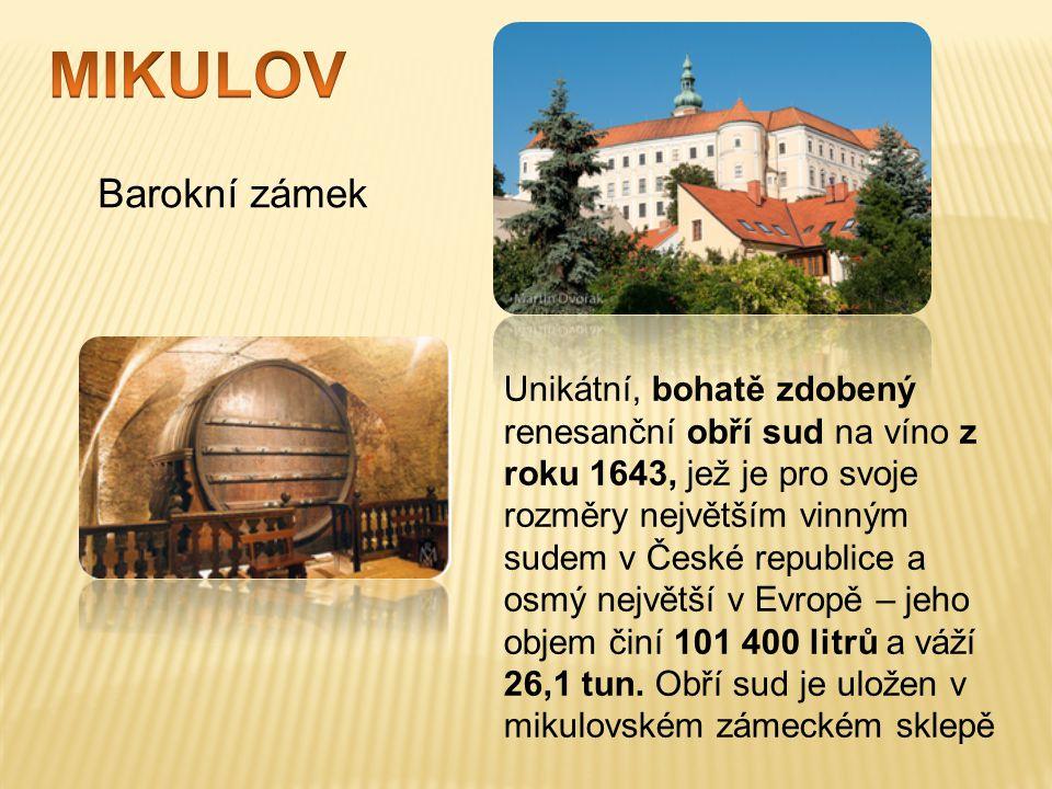 MIKULOV Barokní zámek.