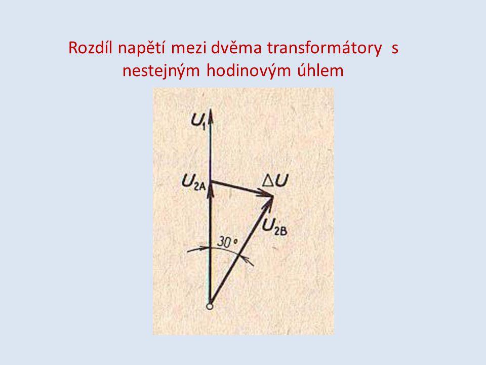Rozdíl napětí mezi dvěma transformátory s nestejným hodinovým úhlem