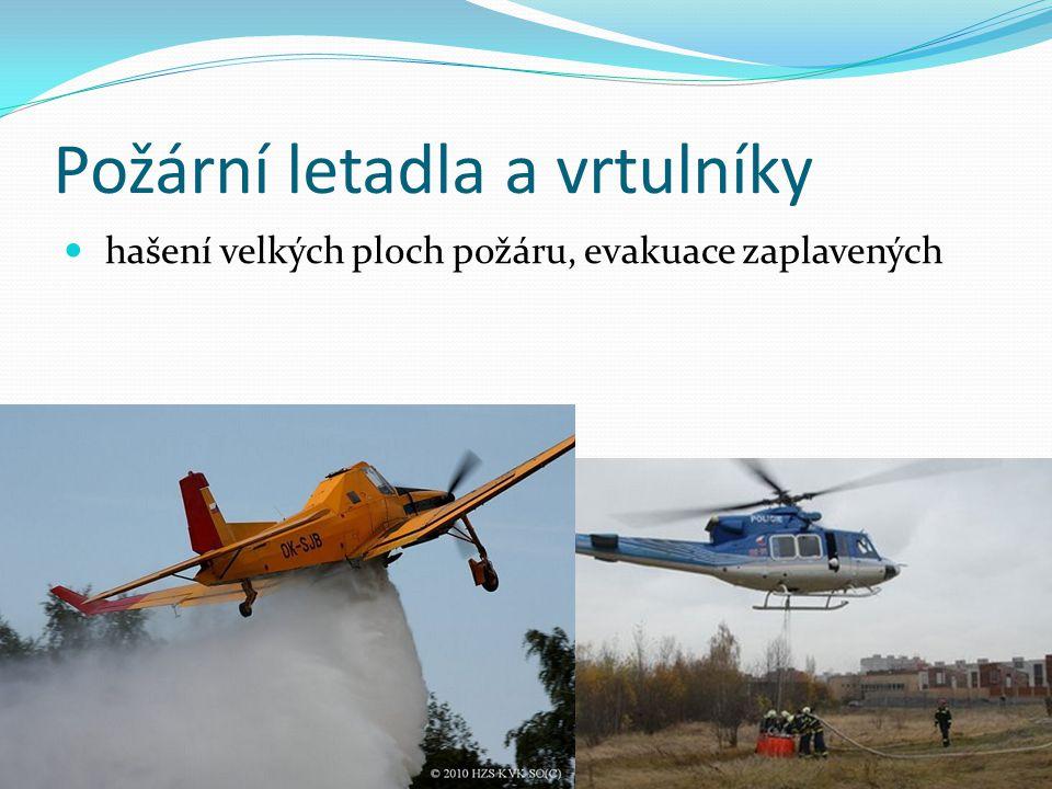 Požární letadla a vrtulníky