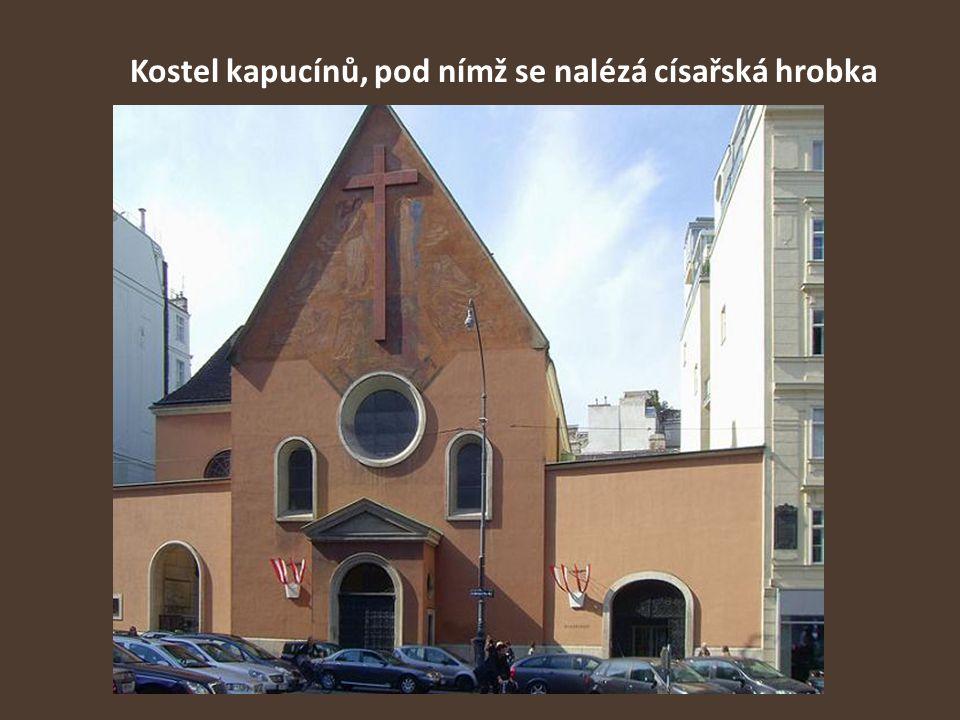 Kostel kapucínů, pod nímž se nalézá císařská hrobka