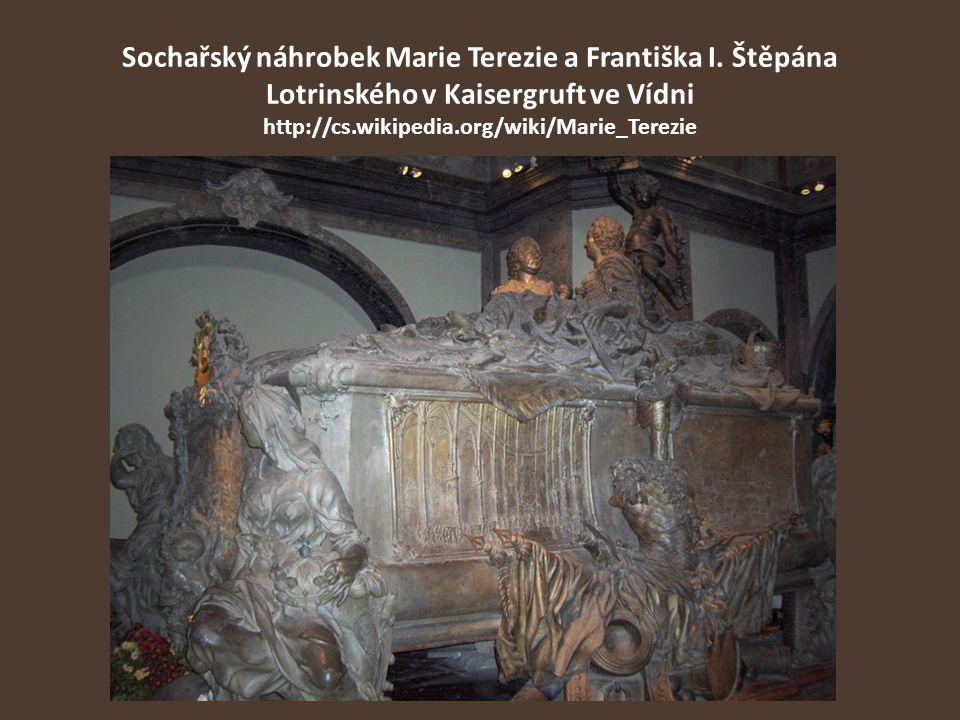 Sochařský náhrobek Marie Terezie a Františka I